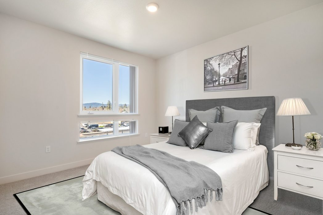 The Cannery Apartments bedroom